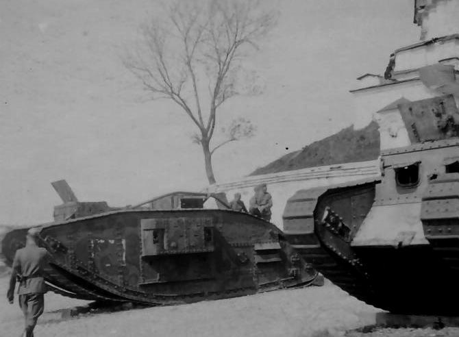 http://landships.info/landships/tank_articles/images/Mark_V_28.jpg